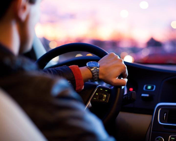 A céges autó kapcsán felmerülő adózási kérdések