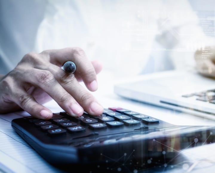 Gondolatok a kisvállalati adó választásáról